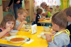 Tet-A-Tet-obed-v-mladshey-gryppe (1)