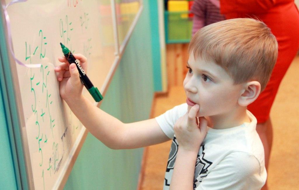 При выборе развивающих занятий важно учитывать потребности ребенка