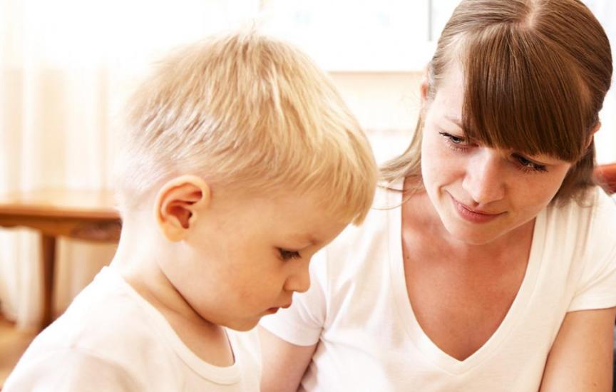 Аутизм: на что обратить внимание?