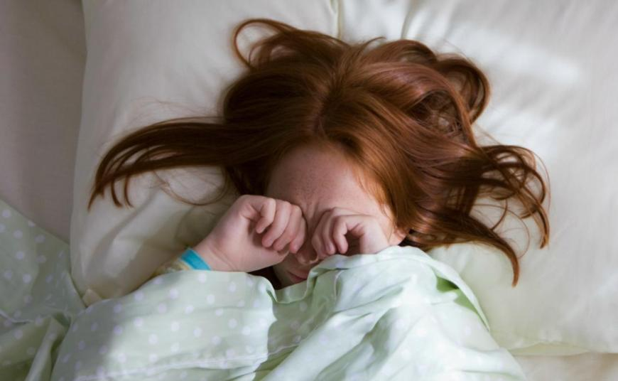 Как разбудить ребенка и не испортить никому настроения?
