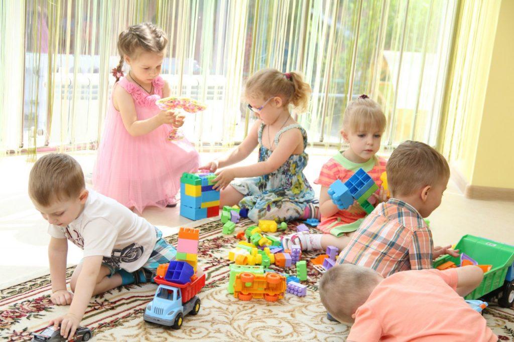 """Новая программа для детей 3-4-х лет """"Уже три!"""""""