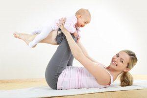 Йога с мамой - отличное решение!